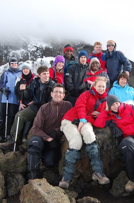 Jonathan-and-gorup-on-mountain